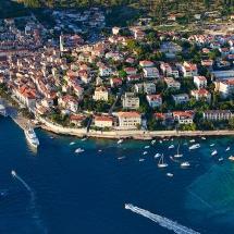 Hvar-town2